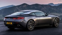 AstonMartinDB11-GT-2016-2