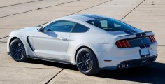 Ford-Mustang-GT350-2016-2