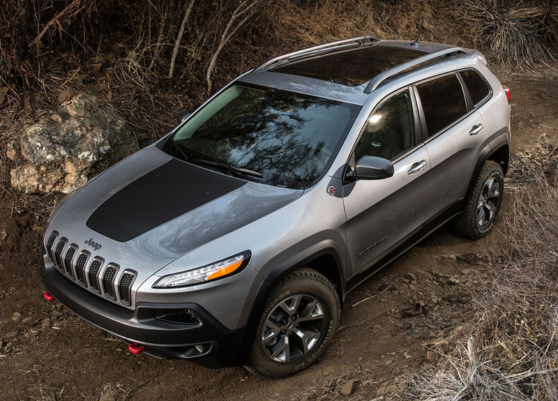Jeep-Cherokee-Trailhawk-2016-4