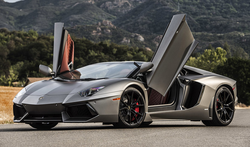 lamborghini aventador sv superveloce roadster 2016. Black Bedroom Furniture Sets. Home Design Ideas