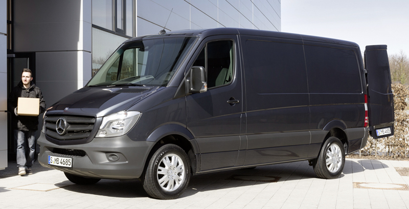 Mercedes-Benz-Sprinter-Cargo-2016-1