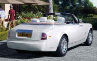 Rolls-Royce-Phantom-Drophead-2016-2