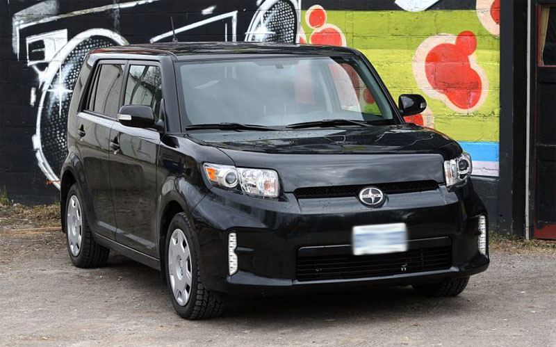 Scion-XB-2016-1